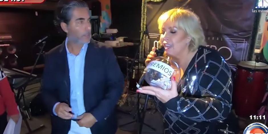 HOY celebra posada con besos y hasta con juguetes sexuales (VIDEO)