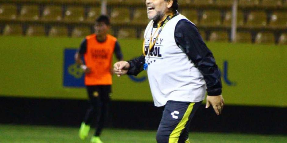 Maradona desmiente rumores de Alzheimer... 'No me estoy muriendo'