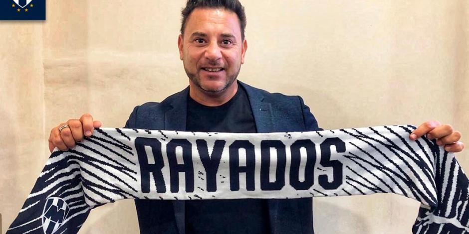 Mohamed ya está en Monterrey para reportar con Rayados