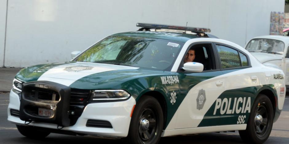 Policías recuperan tráiler robado y detiene a dos presuntos ladrones