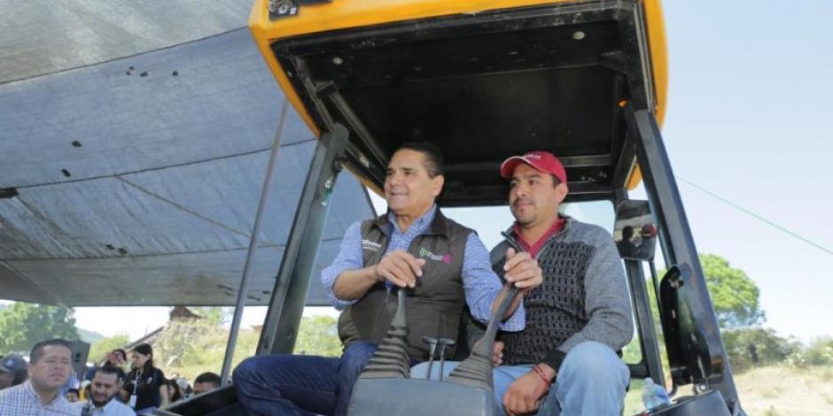 Reconstruyen mega sistema hídrico en Maravatío, Michoacán
