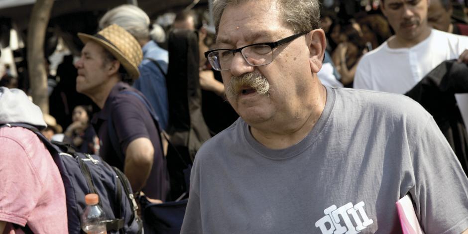 Paco Ignacio Taibo II asume dirección del FCE