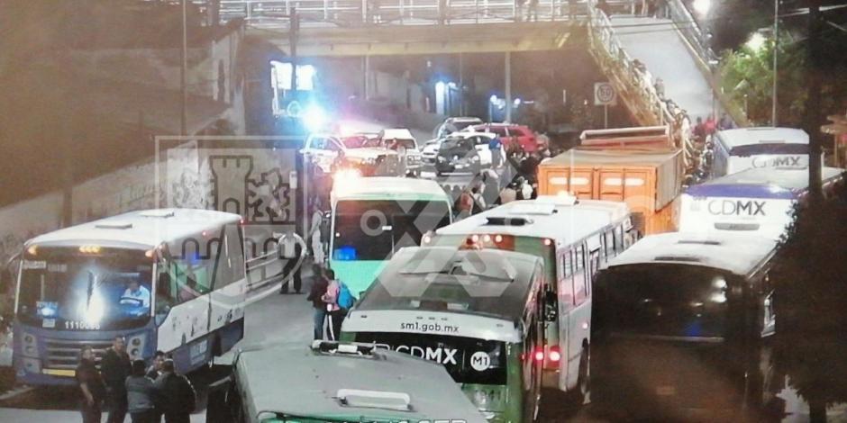 Caos vial en la México-Cuernavaca por protesta de vecinos de Tlalpan
