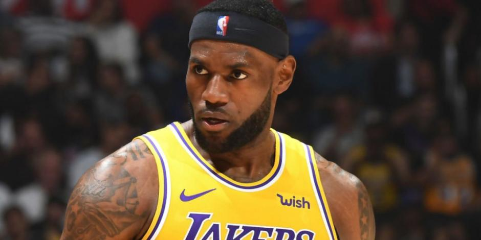 Incendio al sur de California amenaza hogar de LeBron James