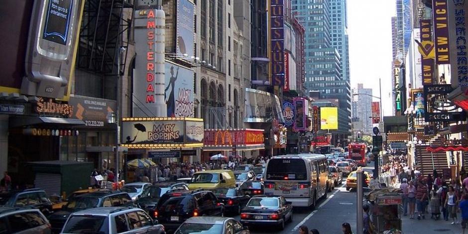 Nueva York aprueba tramitar licencias de conducir a indocumentados