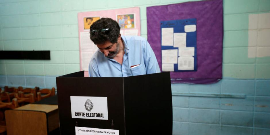 Comienza conteo final de votos en Uruguay