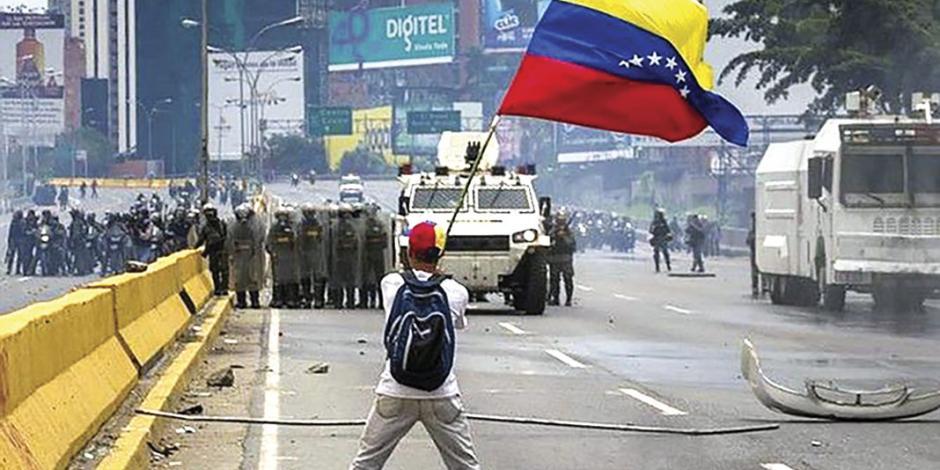 Crisis en Venezuela seguirá hasta que Maduro acepte amnistía: EU