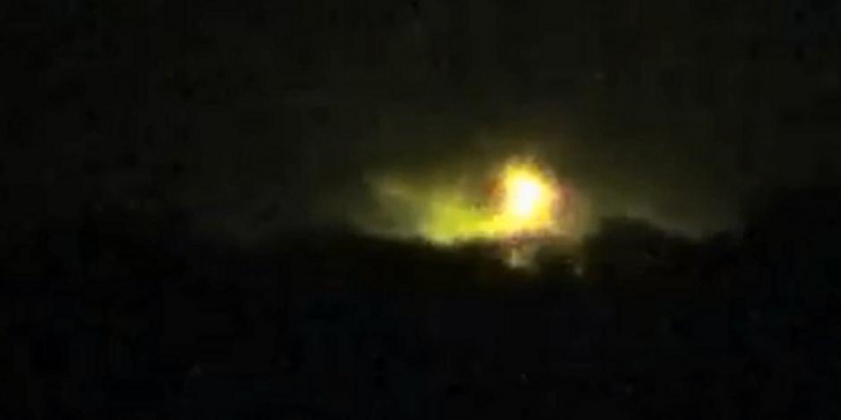 Controlado el incendio en toma clandestina de combustible en Querétaro