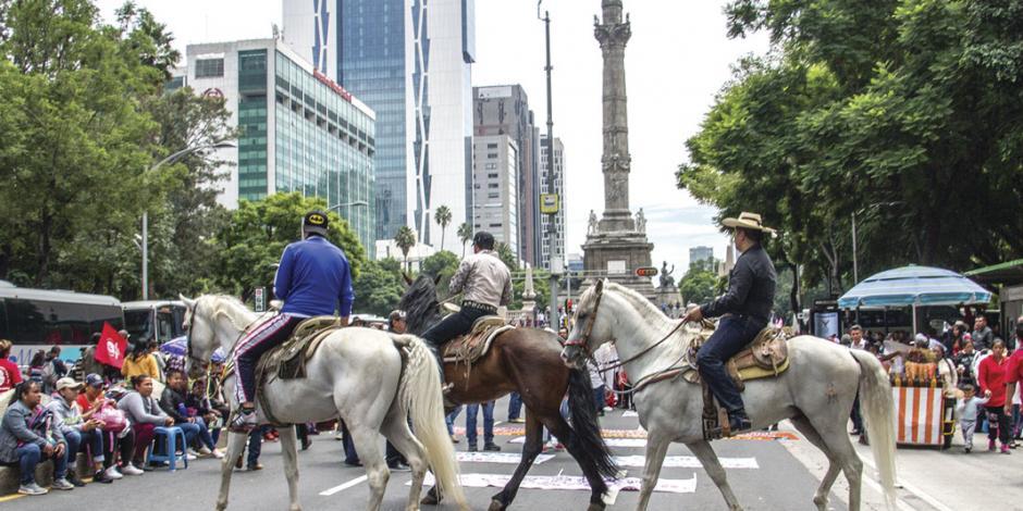 Campesinos exigen diálogo con Gobierno