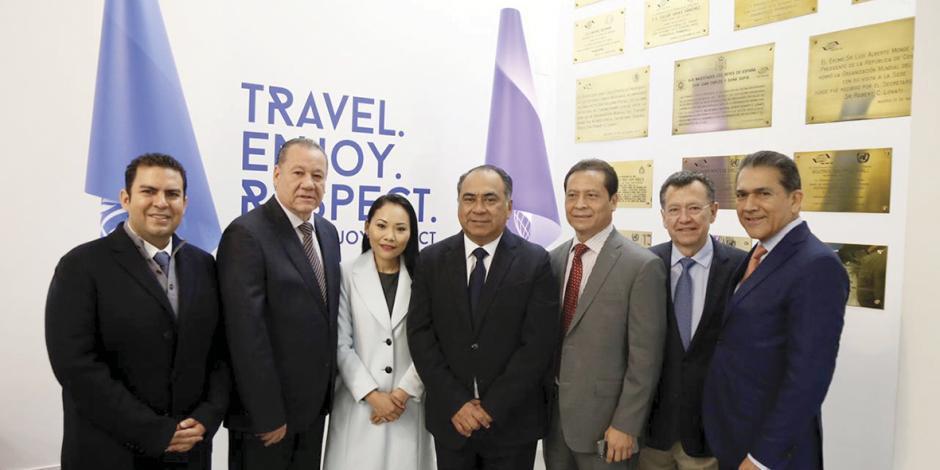 Promueve Astudillo Tianguis en OMT