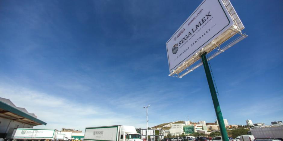 Incumplimiento en entrega de camiones retrasa abasto a zonas marginadas