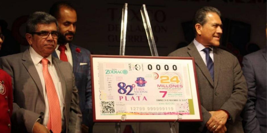 Lotería Nacional devela billete conmemorativo de la Feria Nacional de la Plata