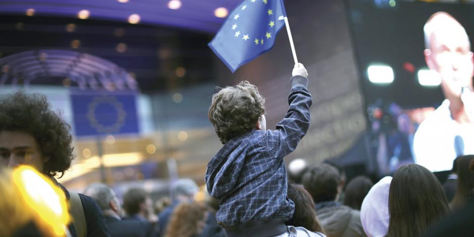 Más de 45% desconfía de la Unión Europea