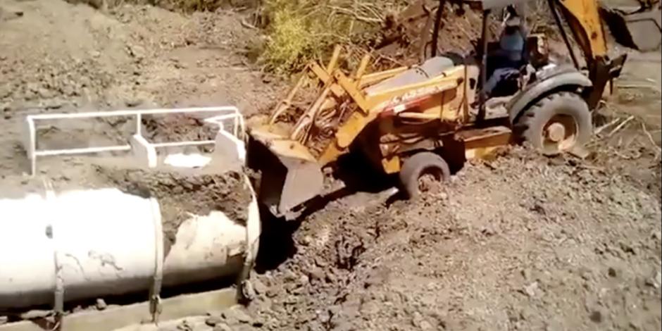 Localizan dos tanques enterrados con huachicol en Veracruz