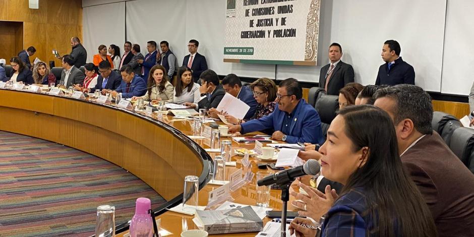 Debaten diputados juicio político en contra de Rosario Robles
