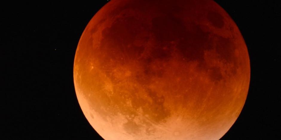 VIDEO: Algo impactó la Luna durante el último eclipse
