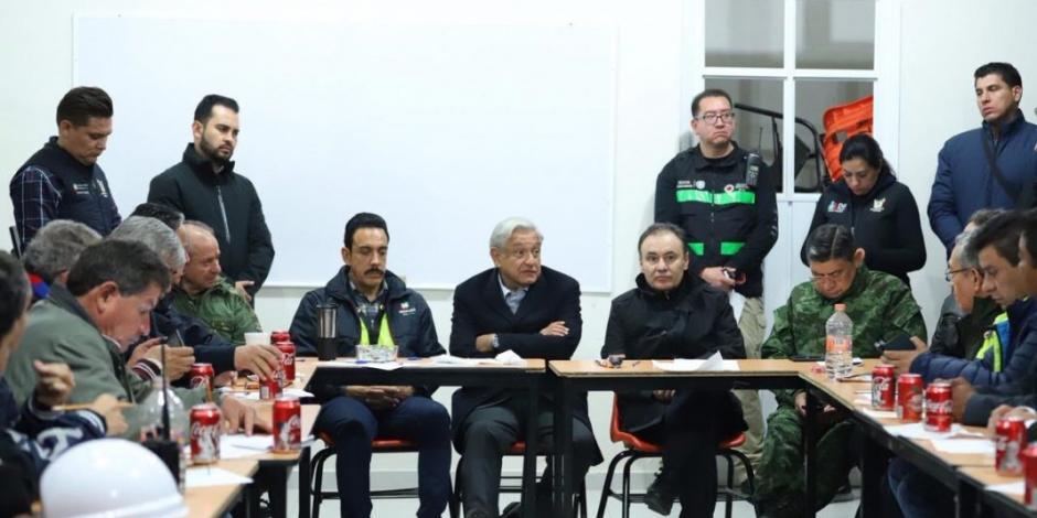 AMLO acude a la zona de la explosión del ducto en Hidalgo