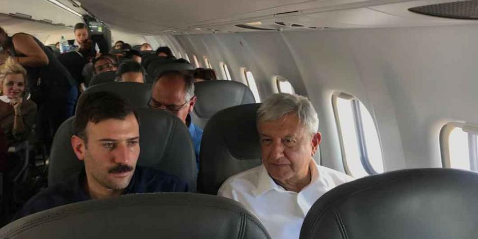 Avión en el que viajaba AMLO tuvo problemas al aterrizar
