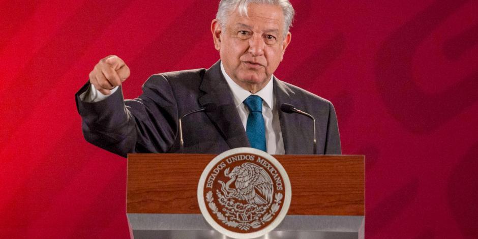 """""""Hay mafias también en la intelectualidad"""": AMLO"""