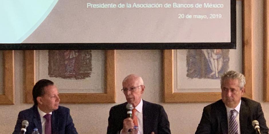 Sin servicios financieros 522 municipios del país: Asociación de Bancos