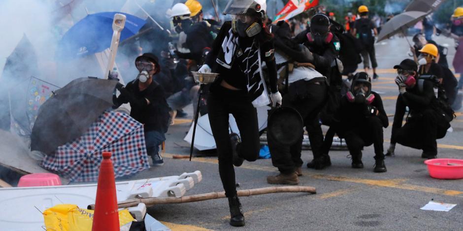 China amenaza con intervenir para frenar protestas en Hong Kong