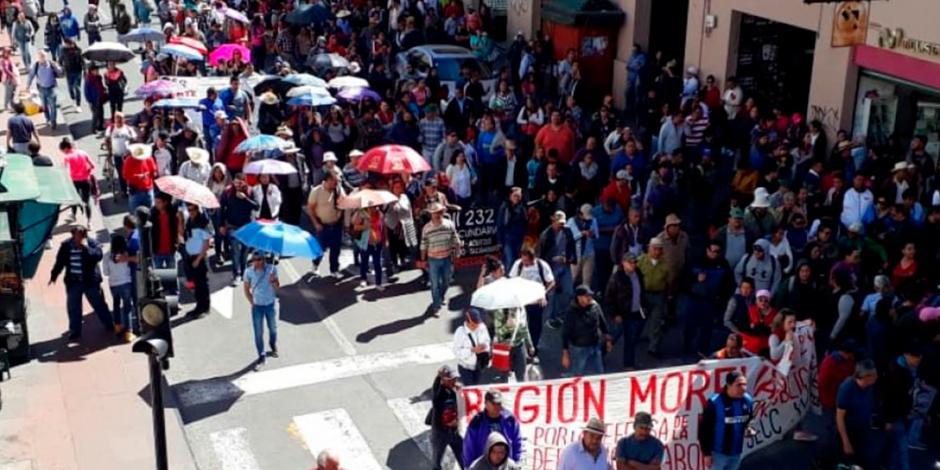 Generan caos en calles y servicios de Michoacán