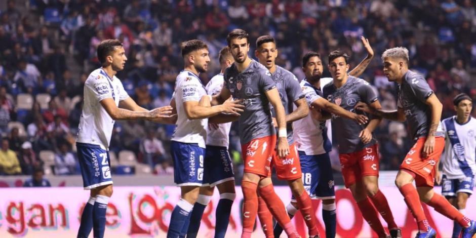 Necaxa es goleado por Puebla y puede caer hasta el quinto lugar