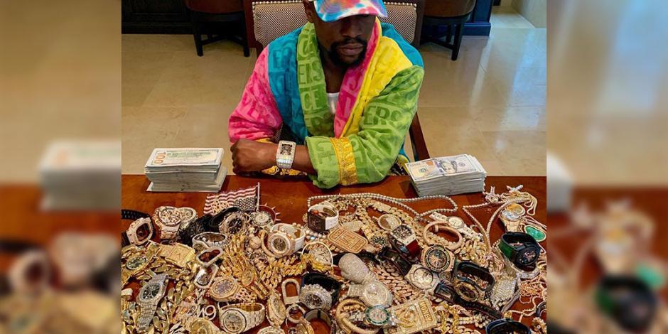 Floyd Mayweather Jr. muestra su colección de joyas y relojes; anuncia sorteo