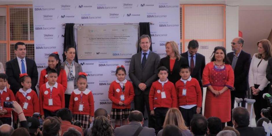 BBVA Bancomer y Telefónica se unen por la educación de México