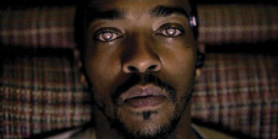 Presenta Black Mirror sus historias más insípidas