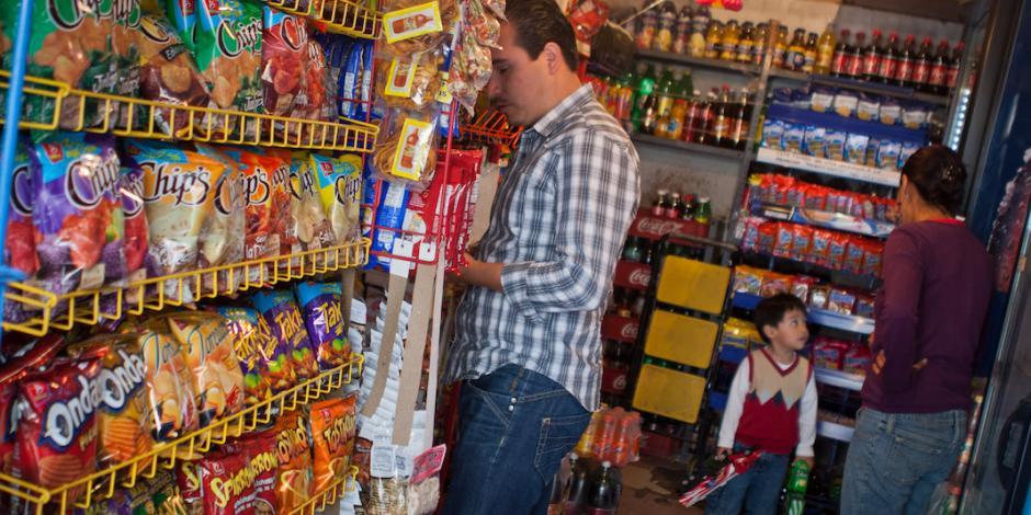 Pequeños comercios no reportan afectaciones por falta de combustible