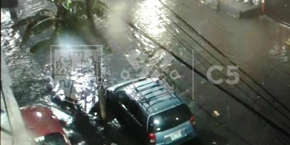 Tormenta deja inundaciones en al menos dos alcaldías