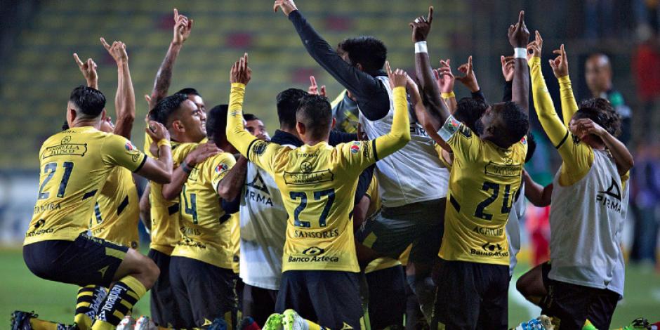 LIGA MX: Monarcas logra su primera victoria del torneo, 2-0 ante Veracruz