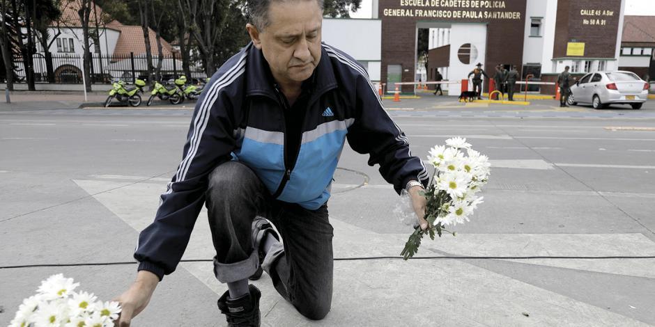 Bogotá rompe diálogo con ELN; reactiva 10 órdenes de captura