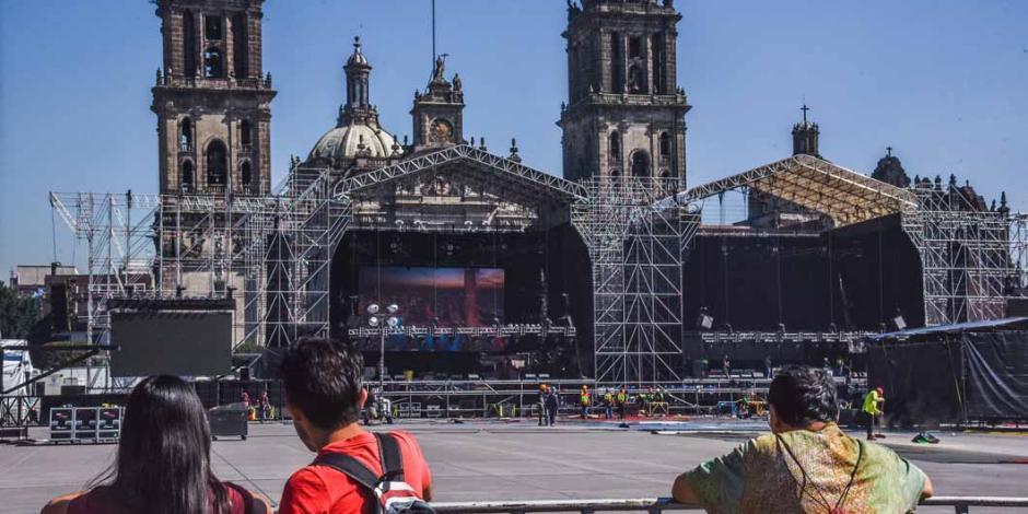 Más de ocho mil policías vigilan Zócalo por informe de AMLO