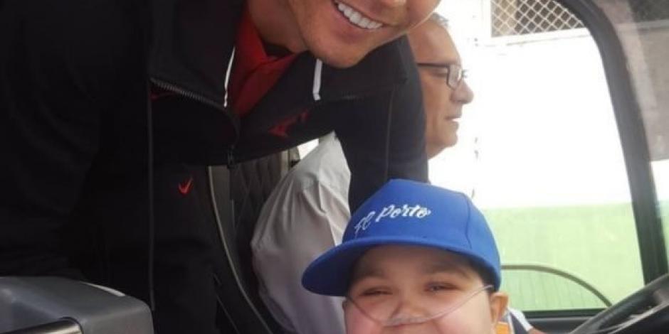 ::VIDEO:: Cristiano Ronaldo cumple el sueño de un niño con leucemia