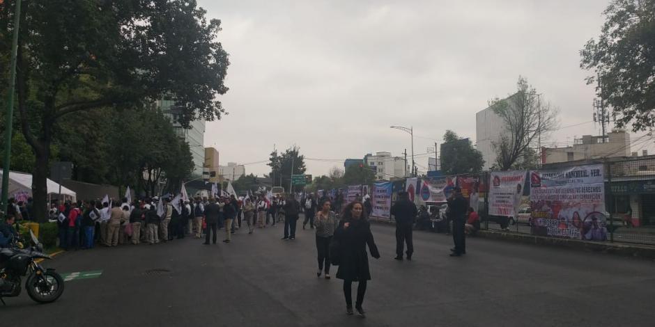 Protestan en Marina Nacional por reconocimiento de Sindicato de Petromex