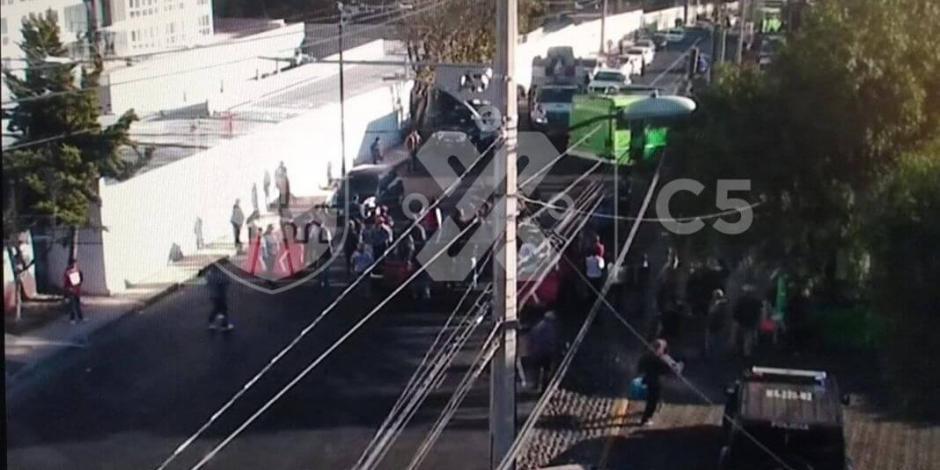 Protestan contra construcción en colonia Corpus Christi, Álvaro Obregón