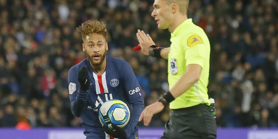 Neymar regresa a las canchas en victoria del PSG