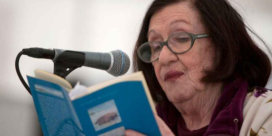 Muere la poeta mexicana Thelma Nava