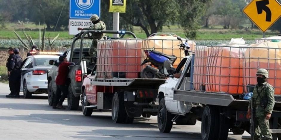 Aseguran 50 mil litros de combustible en Querétaro