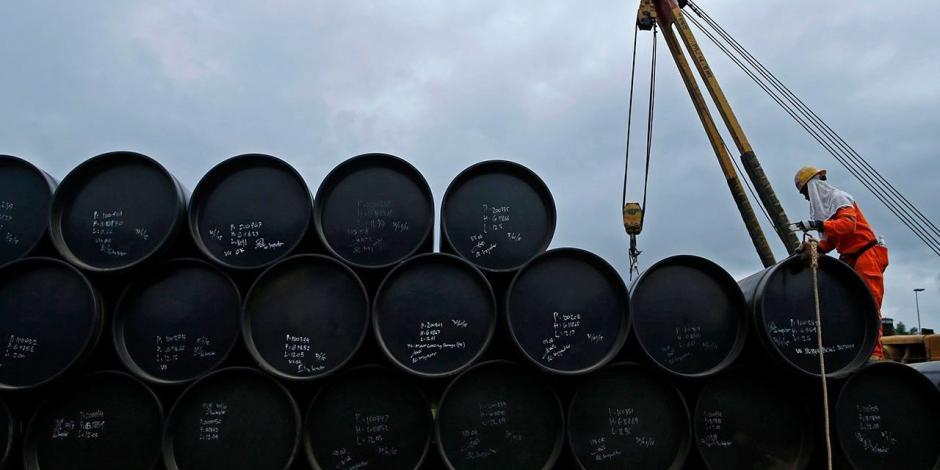 AMLO desmiente versión de WSJ sobre reducción de compra de combustible