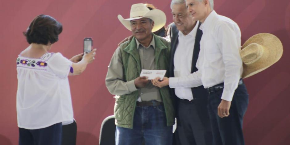 Reconoce Del Mazo a López Obrador por apoyos para el Edomex