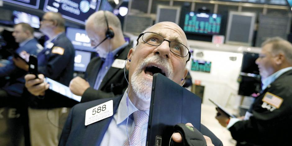 Trump rechaza temer a recesión, pero ya perfila bajar impuestos