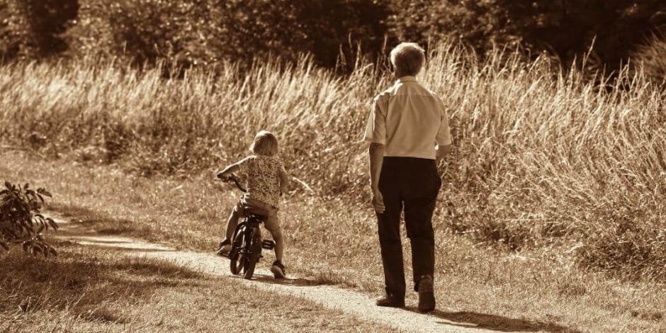 ¿Por qué se celebra hoy el Día del Abuelo?