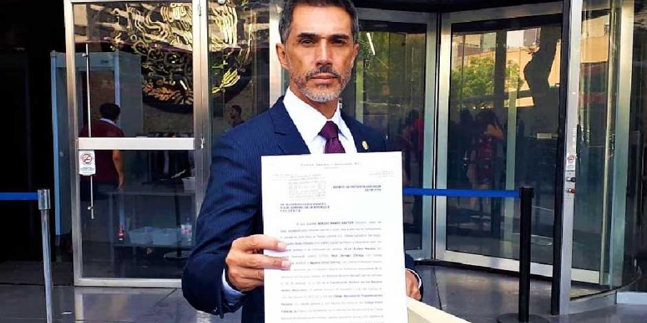 Sergio Mayer presenta denuncia en contra de Inés Parra por acusarlo de 'moches'