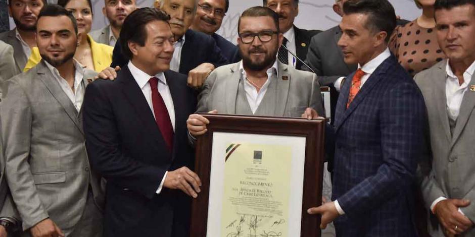 FOTOS: Diputados entregan reconocimiento a Banda El Recodo