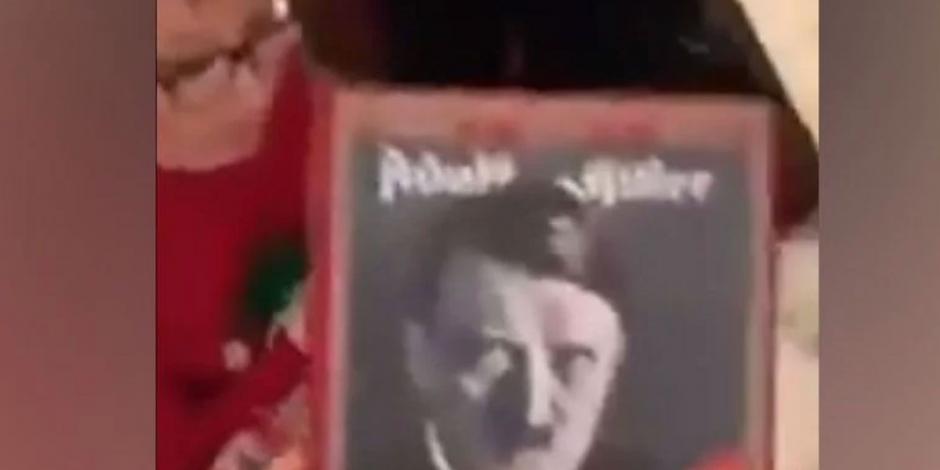 Pide Minecraft de regalo y por error su abuelo le da libro de Hitler (VIDEO)