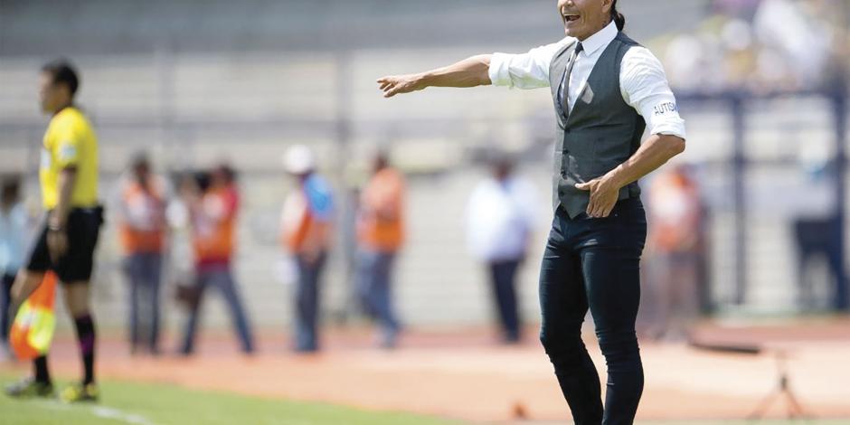 Palencia deja a Lobos y el club se desmorona