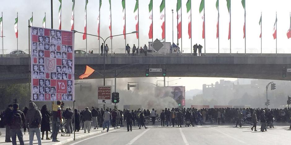 Hasta 200 muertos en Irán por represión del régimen